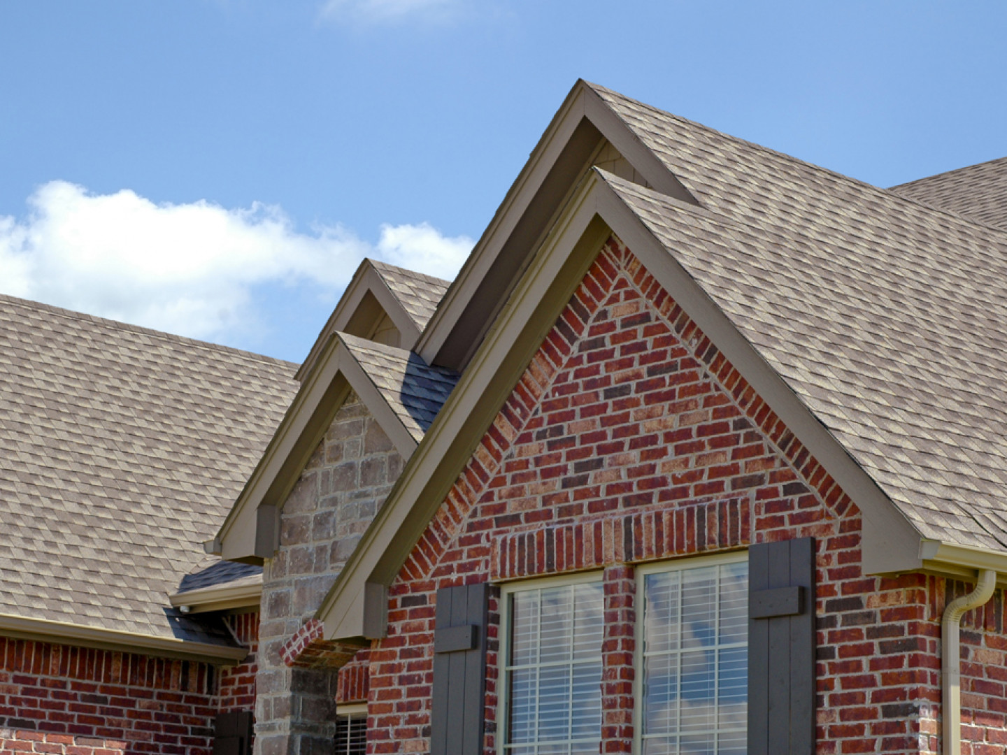 Get updates on your roof as it's built